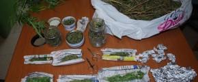 BLITZ IN ABITAZIONE A MAZARA, SEQUESTRATI DUE CHILI DI DROGA