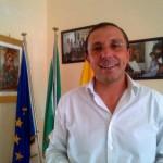 VALDERICE , IL SINDACO SPEZIA ACCUSA DI DOPPIOGIOCHISMO POLITICO GLI EX DI UNITI PER IL FUTURO
