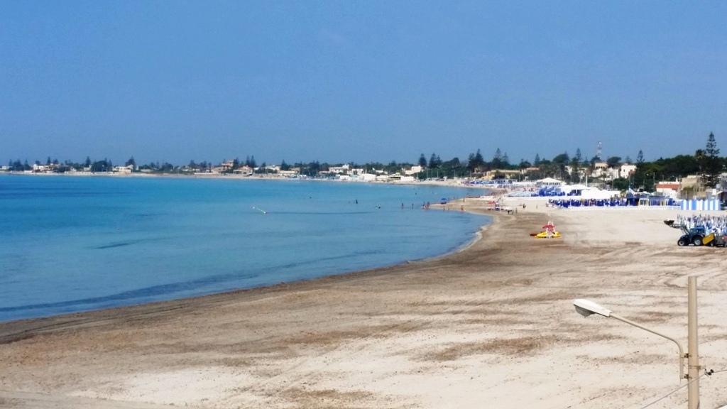 la spiaggia di Tonnarella