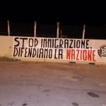 TRAPANI-ITALIA. LO STRISCIONE DI CASA POUND E L'ATTACCO DEL PD